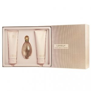 Lovely by Sarah Jessica Parker 3pc Gift Set 3.4 oz EDT + 6.7 oz Body Lotion + 6.7 oz Bath & Shower Gel